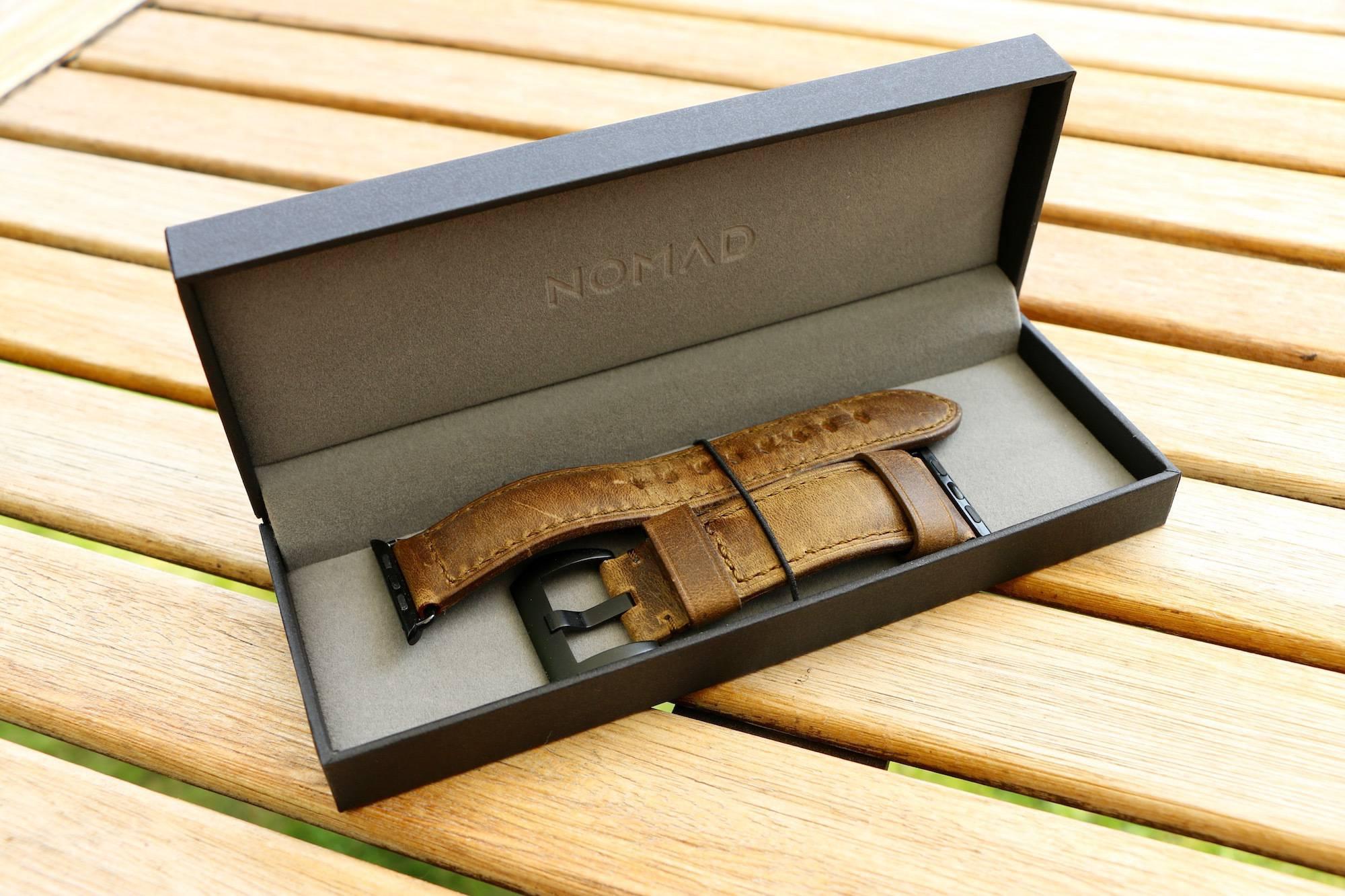 nomad strap w pudełku