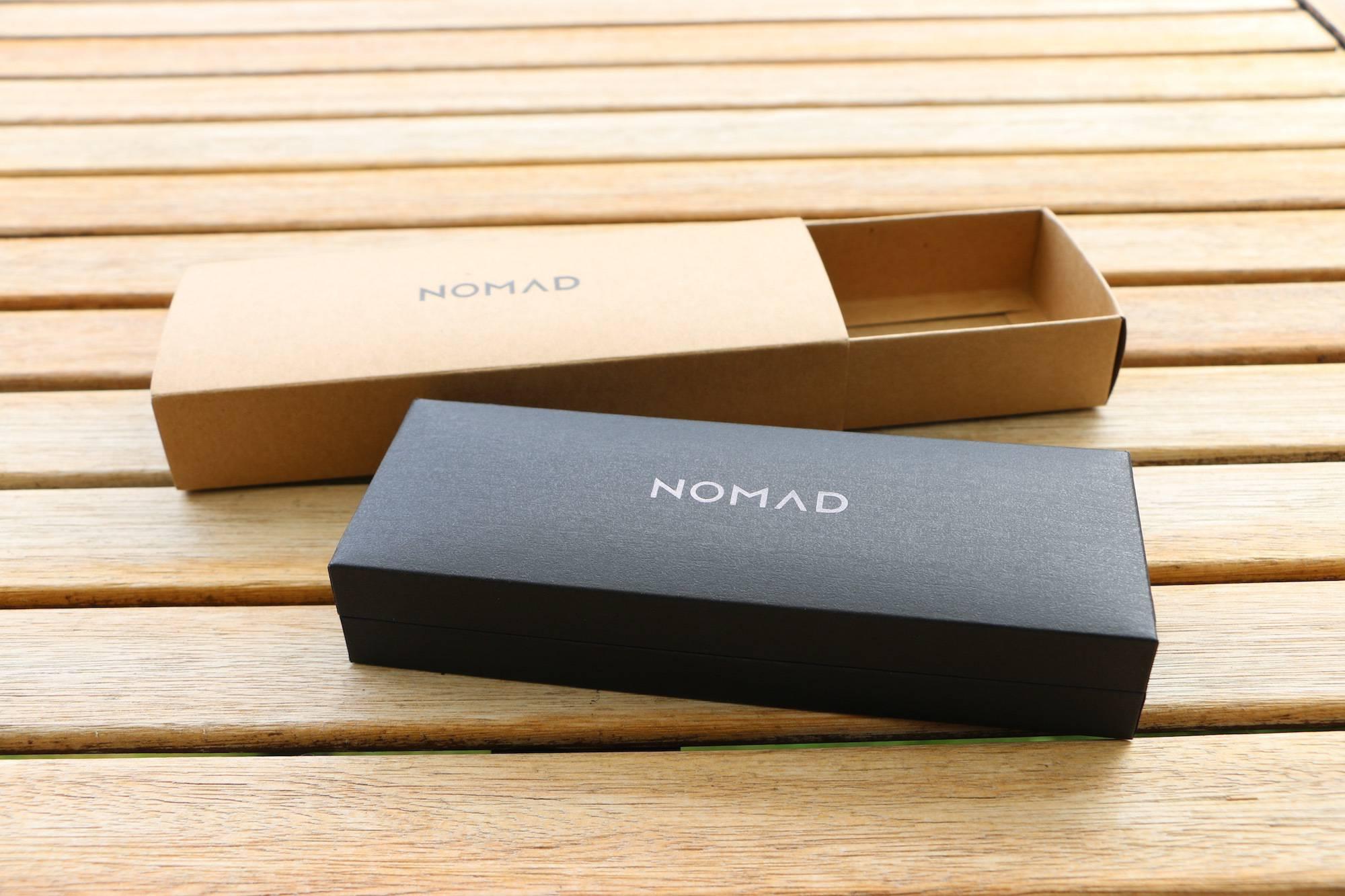 nomad strap pudełko