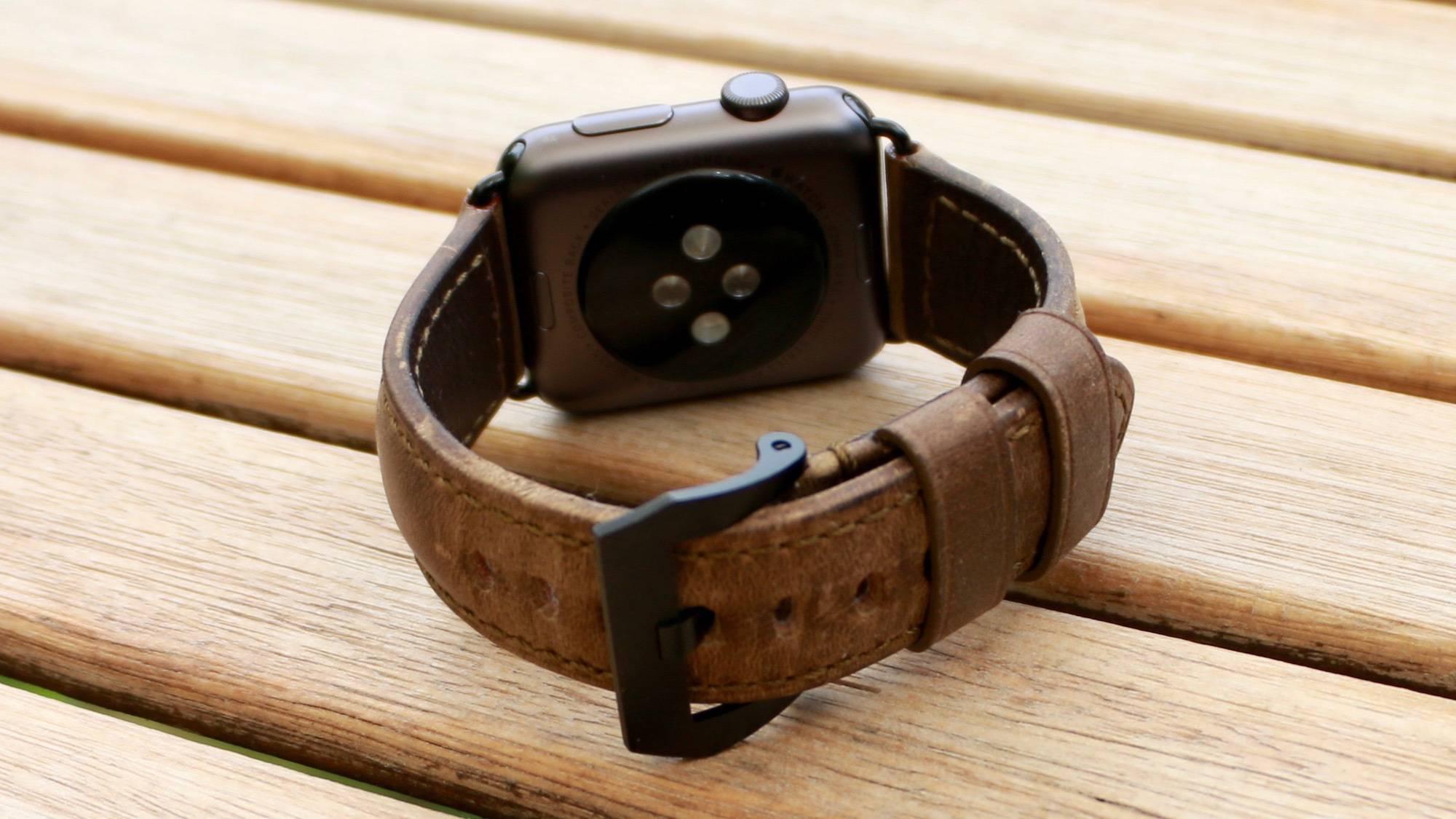 nomad strap tył z apple watch