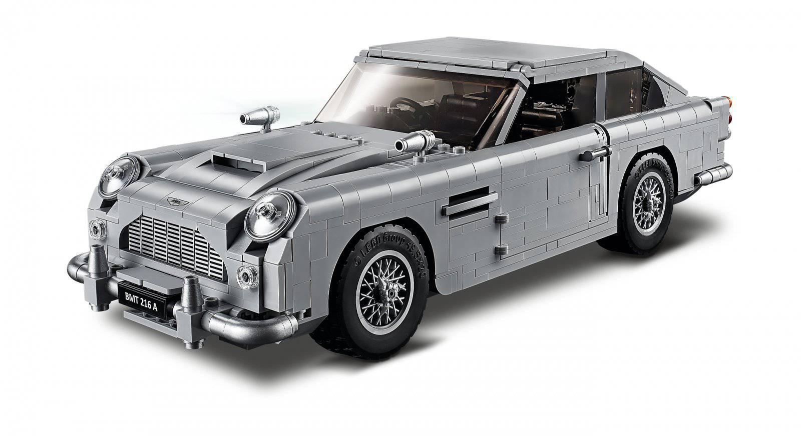 Aston Martin DB5 Jamesa Bonda z klocków LEGO