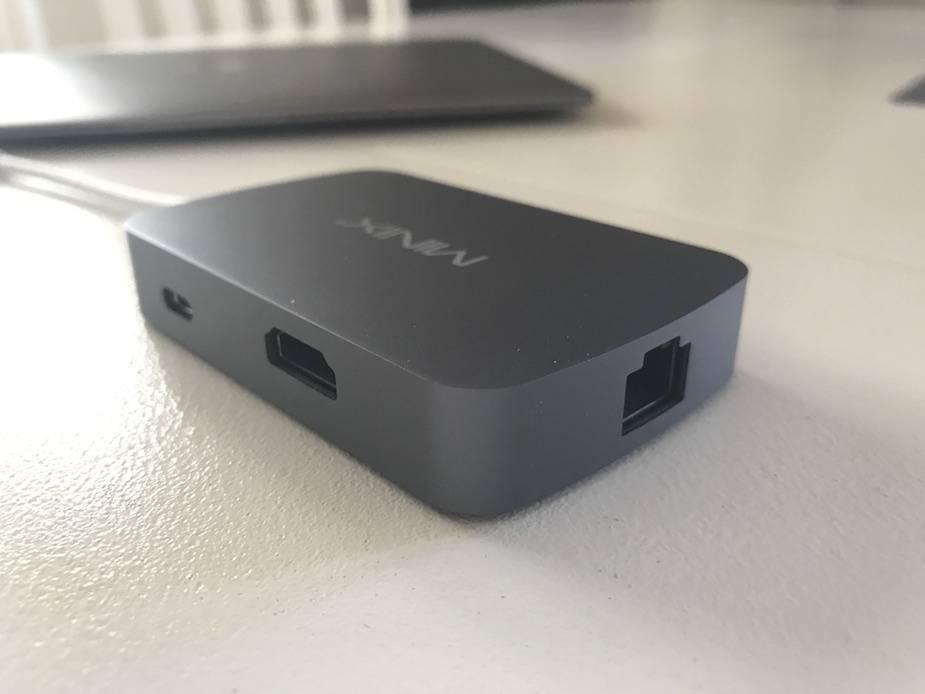 Minix Neo C tył