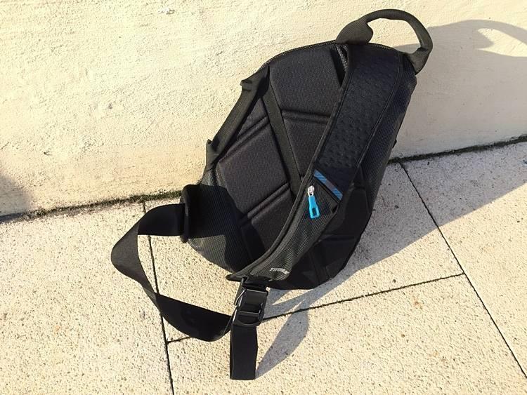 ba486774321f0 Thule Crossover to nieduży plecak o pojemności 17 litrów, który powinien  sprawdzić się w większości przypadków, kiedy wychodząc z domu zabieramy nie  tylko ...